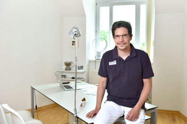 Dr. Andreas Poppelbaum
